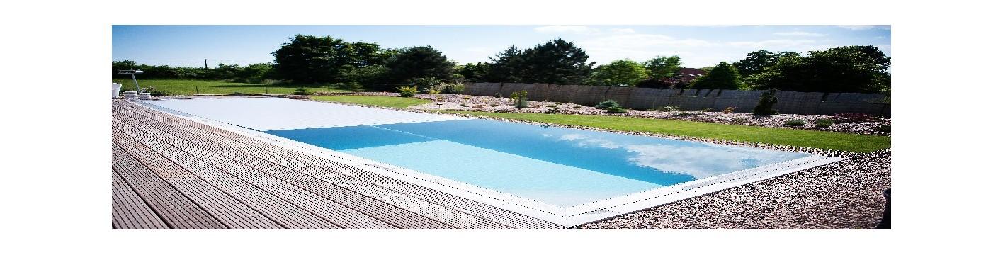 Swimmingpool og kantfliser
